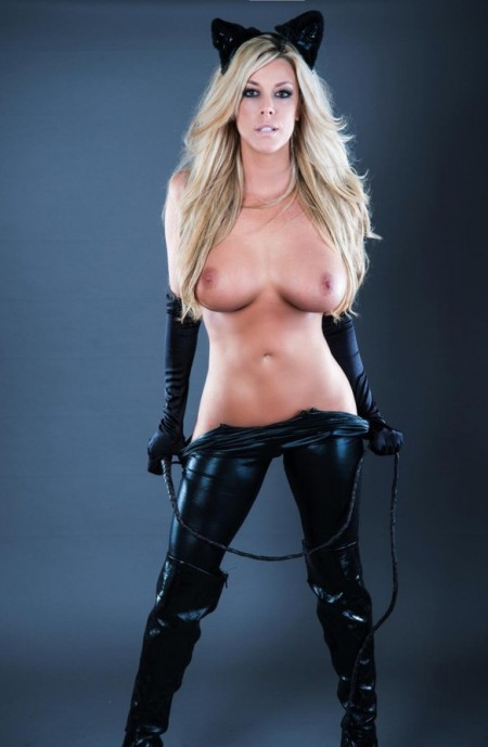 4059677-busty-blonde-catwoman-strips-nude