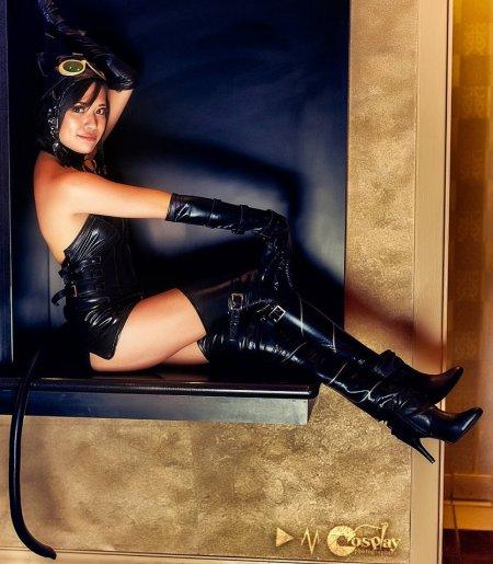 catwoman__sexy_kitty_by_xxfruit_cakexx-d5hl8j9