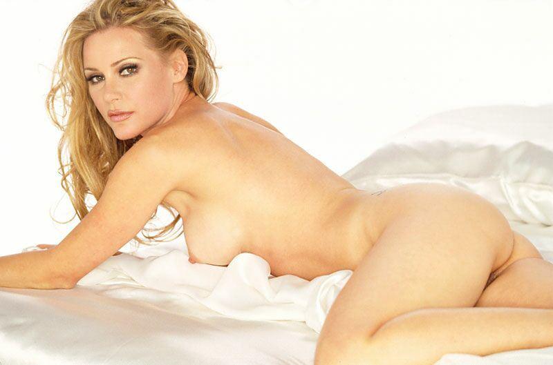 Think, dedee pfeiffer hot nude are mistaken