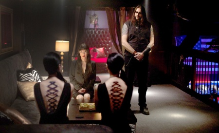 american_mary_crimson_quill (8)