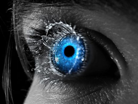blue-eyes-art-54a367b42b975