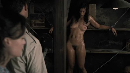 the_woman_review_horror (5)