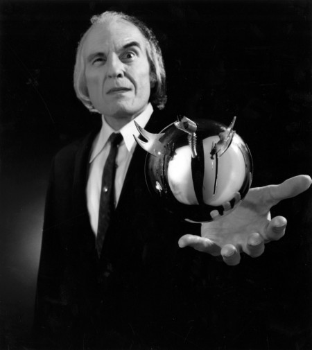 phantasm-horror-review-sphere (1)
