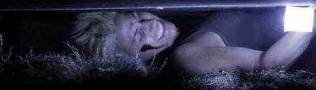 crawl-or-die-horror-review (8)