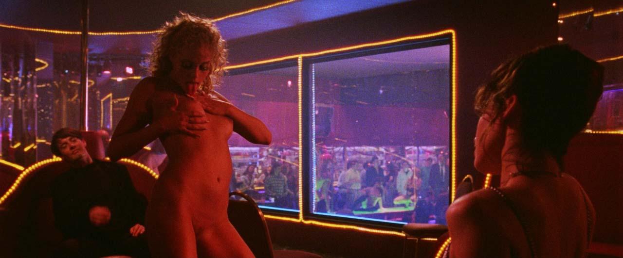 filmi-russkiy-perevod-erotika