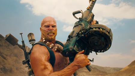 mad-max-fury-road-rictus-erectus-machine-gun
